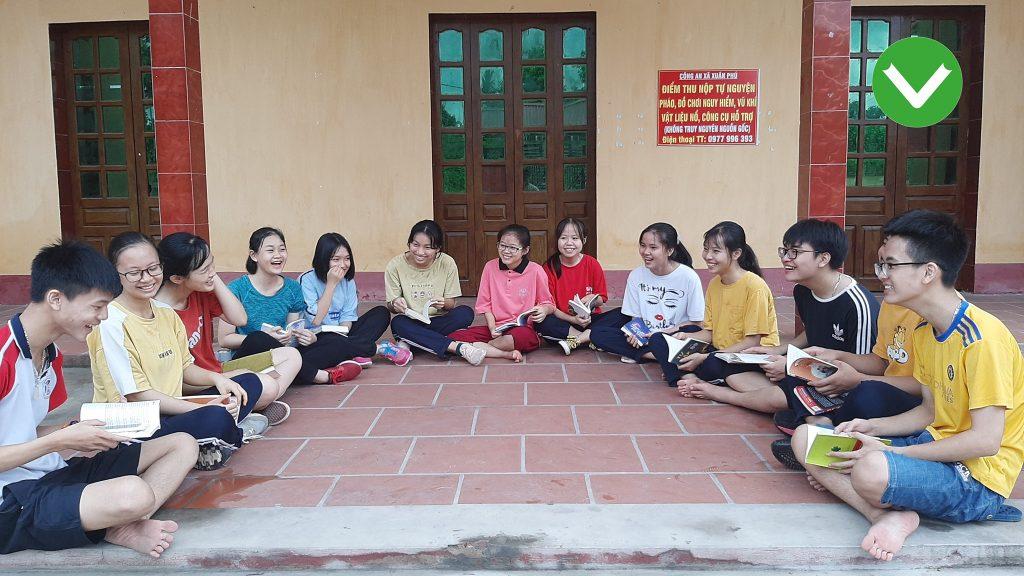 Một buổi sinh hoạt CLB Sách và Hành động Phú Bình